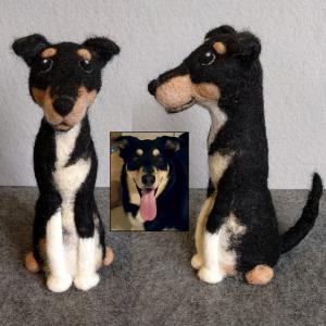 Reggie the dog figure